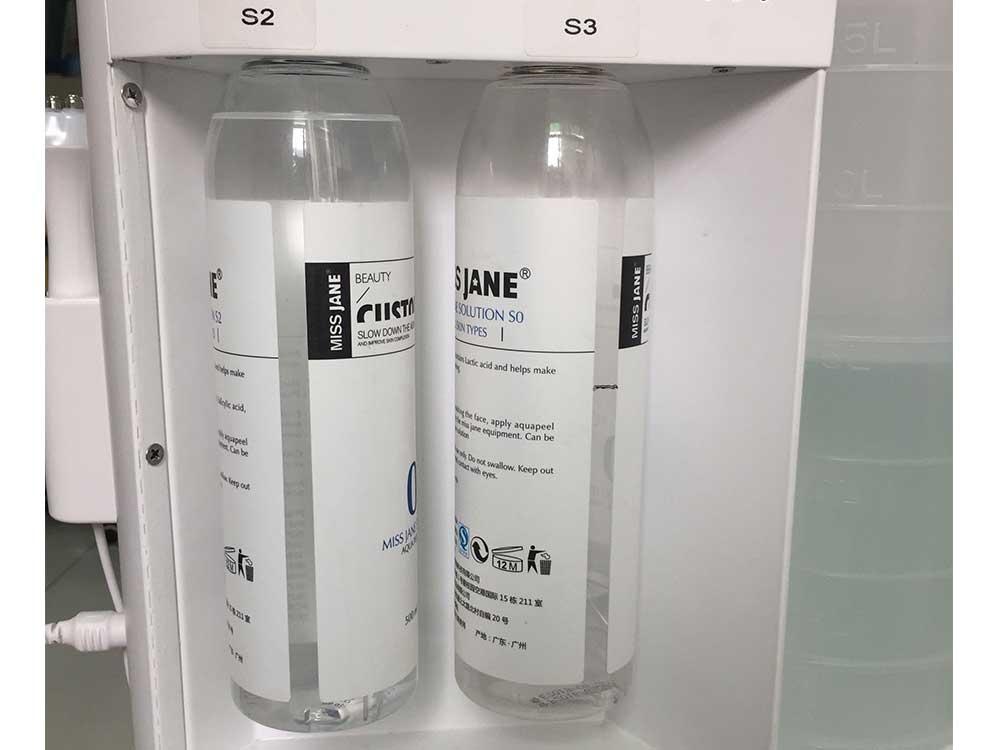 hydrafacial dermabrasion device's liquid bottles