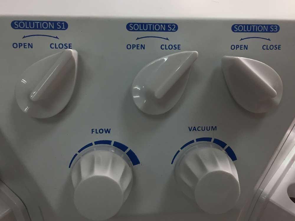 skin hydrafacial machine's controlling knobs