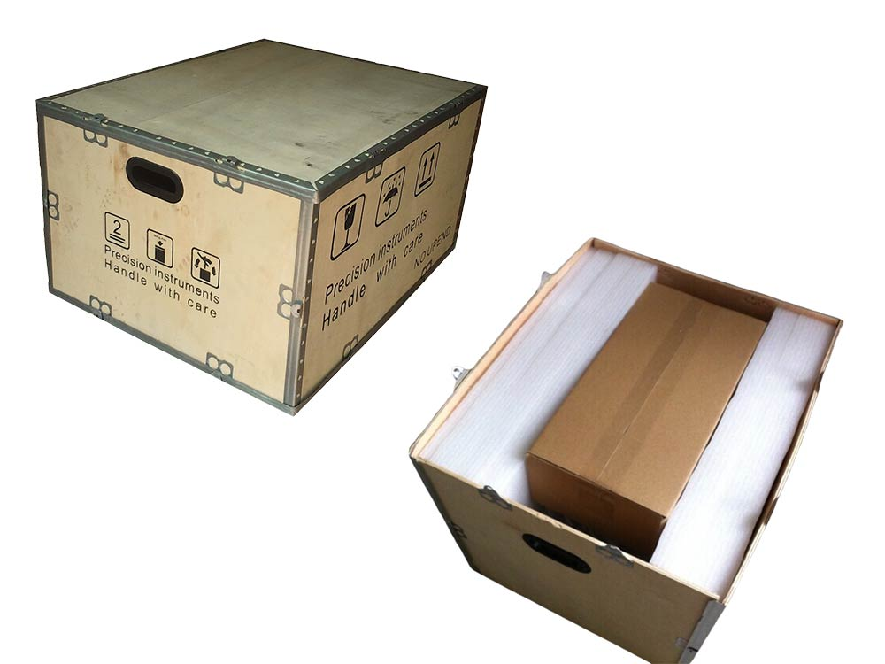 Plywood case package with sponge protection